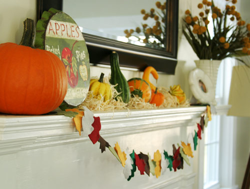 DIY Felt Autumn Fall Leaf Garland - DesignLively