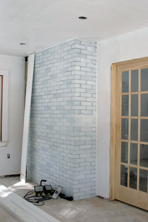 Tips on a DIY Whitewashed Brick Wall